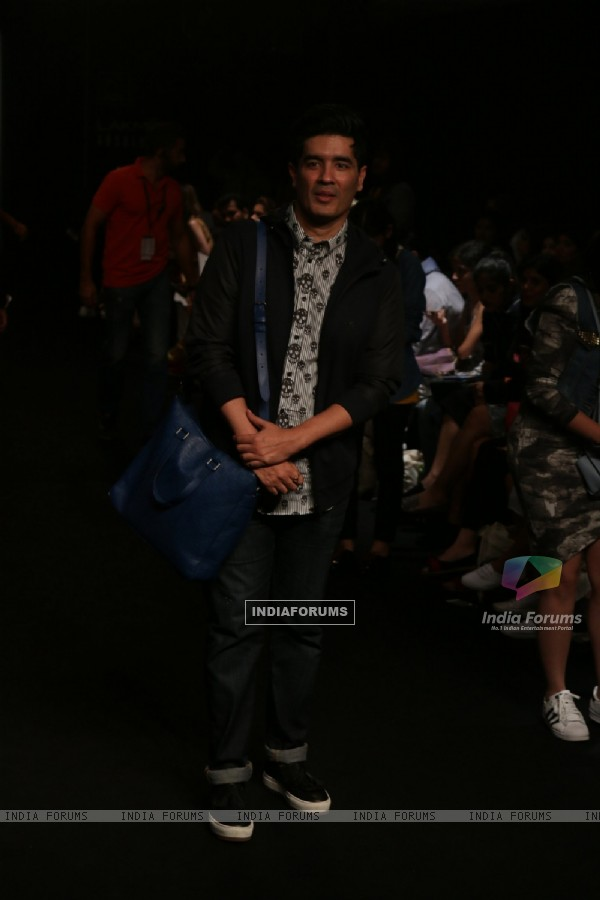 Manish Malhotra at Lakme Fashion Week Day 3