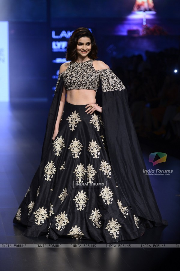 Day 5 - Prachi Desai walks the ramp at Lakme Fashion Show 2016