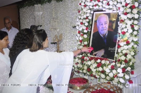 Prayer meet of Krushna Abhishek's father!