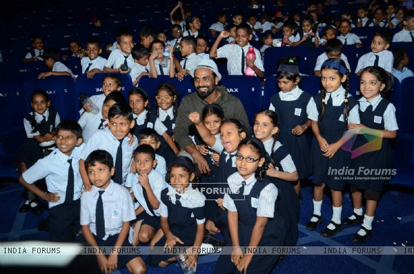 Remo Dsouza hosts a special screening of A FLYING JATT for Kids!