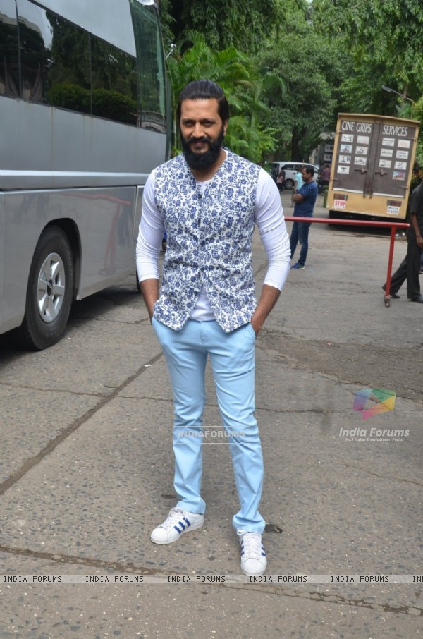 Riteish Deshmukh at Promotion of 'Banjo' on The Voice India Kids