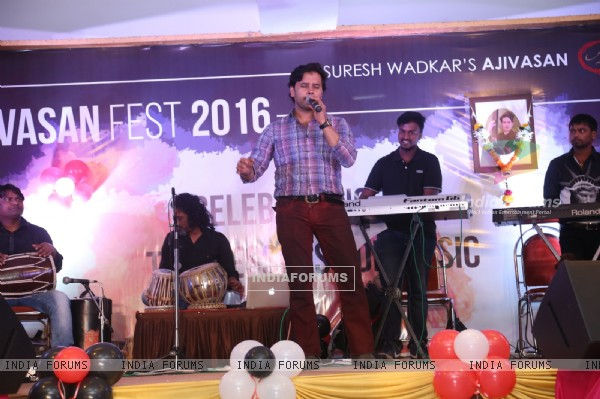 Celebs at Ajivasan Fest 2016
