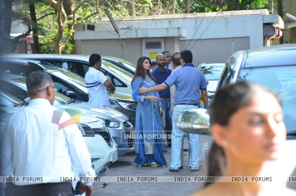 Daisy Shah at Salman Khan's Ganesh Chaturthi Celebration