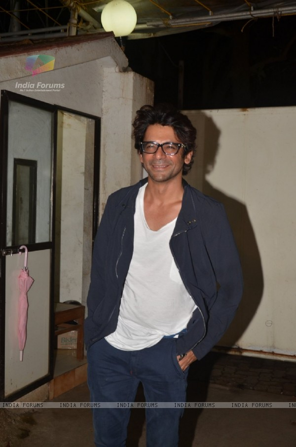 Sunil Grover at Special screening of Film 'Pink' at Sunny Super Sound