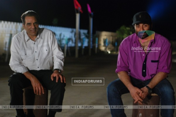 Father and Son in tv show Mahayatra Rishton Ka Anokha Safar