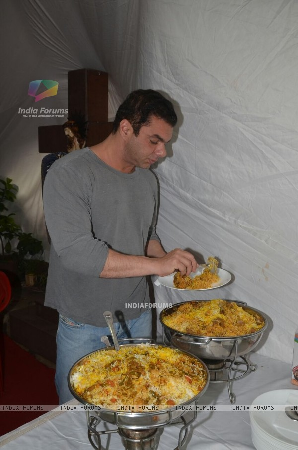 Sohail Khan's Biryani Party on Eid 2016