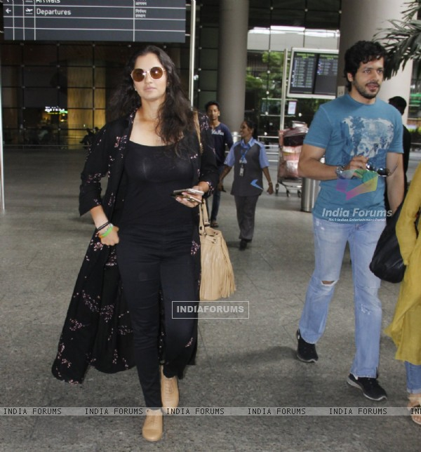 Sania Mirza snapped at Airport