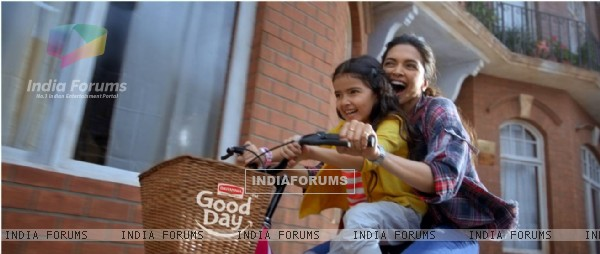 Deepika Padukone TVC Good Day Smile More - Behind The scenes exclusive
