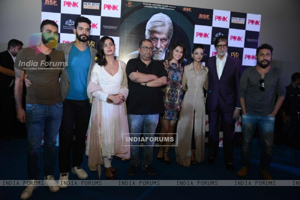 Amitabh Bachchan, Kirti Kulhari, Angad Bedi at Press Meet of PINK in Delhi