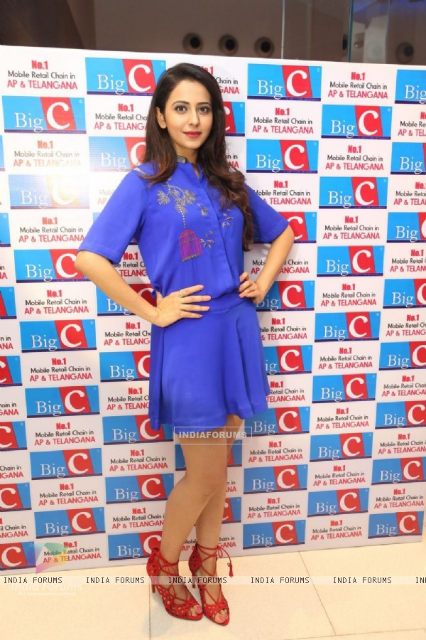 Rakul Preet Singh at Big C launch in Hyderabad