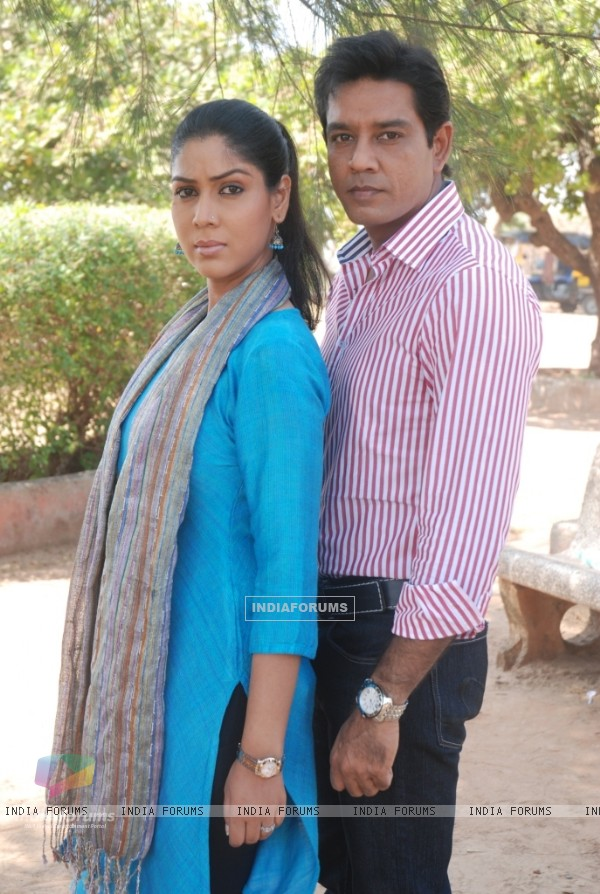 Still image of Saakshi Tanwar and Anup Soni