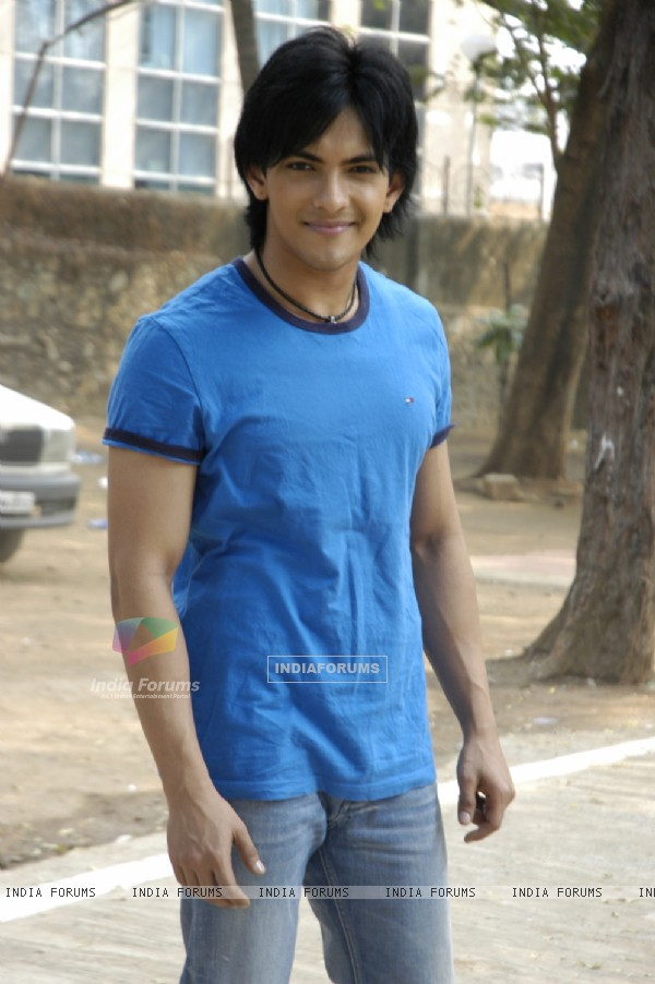 Aditya Narayan looking cool