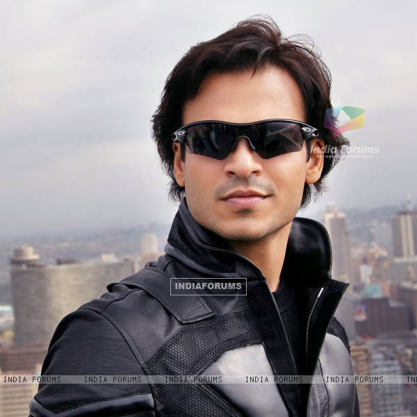 Smart and Handsome Vivek Oberoi