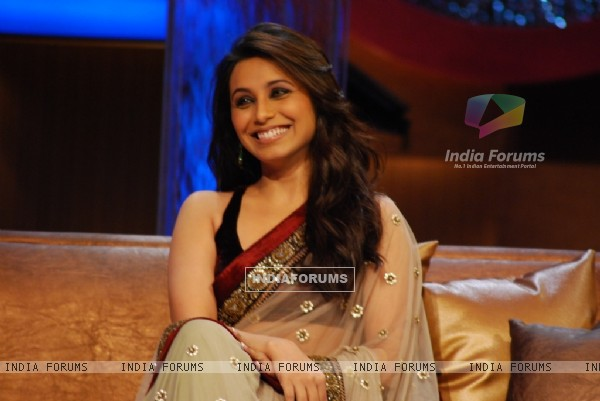 Rani closeup in tv show Lift Kara De