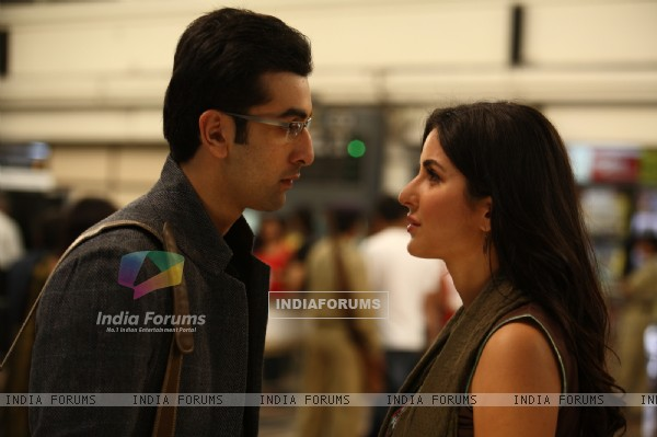 Lovable scene of Ranbir and Katrina (59100)
