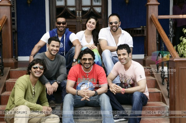 Golmaal 3 movie cast (59829)