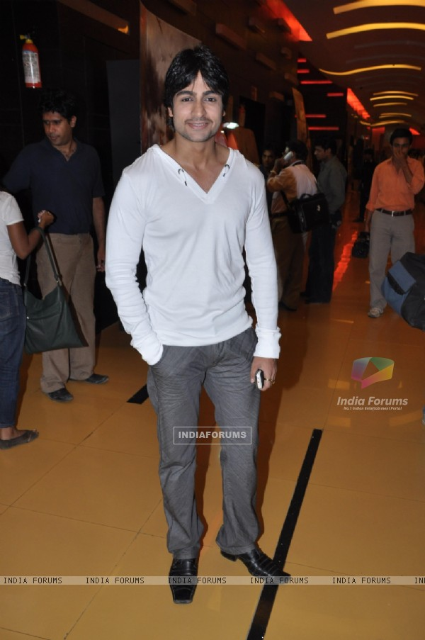 Shaleen Bhanot in music launch party of Chase movie