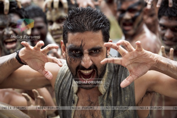 Abhishek Bachchan in the movie Raavan (60457)