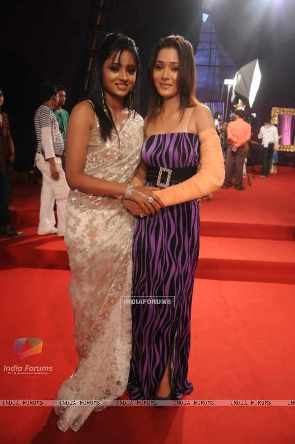 Two lovely sisters of tv industry