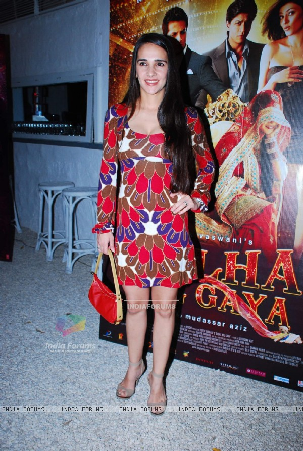 Tara Sharma for screening Dulha Mil Gaya