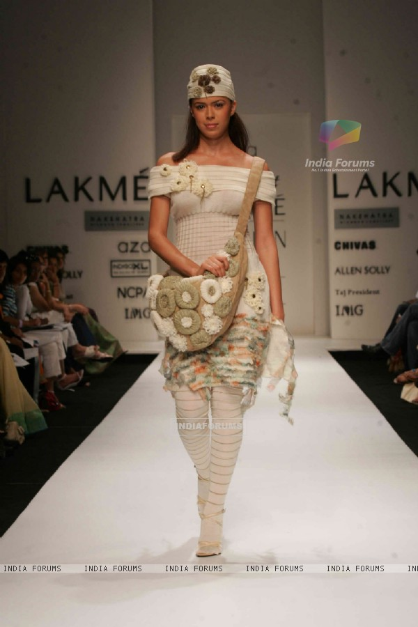 Ten talented young designers presented a spectacular show at the Aza Gen Next extravaganza at Lakme Fashion Week in Mumbai
