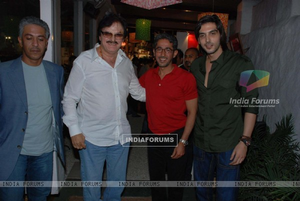 Zayed Khan, his father Sanjay Khan and the Prince of Abu Dhabi Sheikh Rashid at Olive Flea market Also present were actress Isha Koppikar and Koel Purie