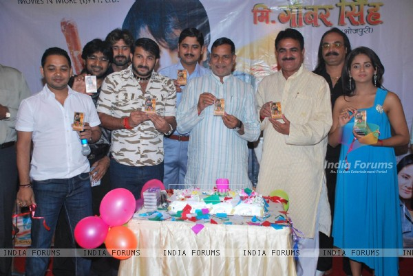 Manoj Tiwari at Kripa shankar''s Birthday at Raheja Classic