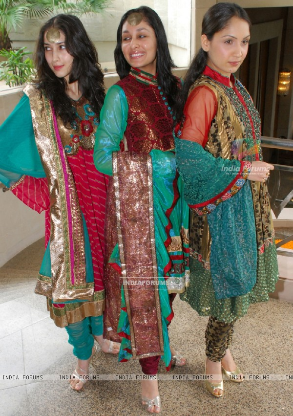 Models are display the Salwar Suits at a press conferance organised by Council of Kolkata Unstitched Salwar Suits (COKUSS) in Kolkata on Monday 3rd aug 09 COKUSS is organised a two days interactive buyer-seller forum - Kolkata Fashion File in