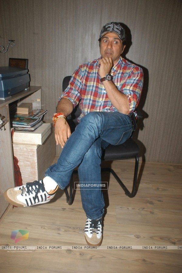 Sunny Deol speaks to media at Sunny Super Sound