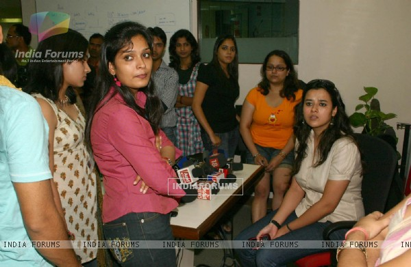 Reporters wating for bollywood actor Shahid Kapoor at BIG 927 FM office for press -meet, in New Delhi on Sunday-