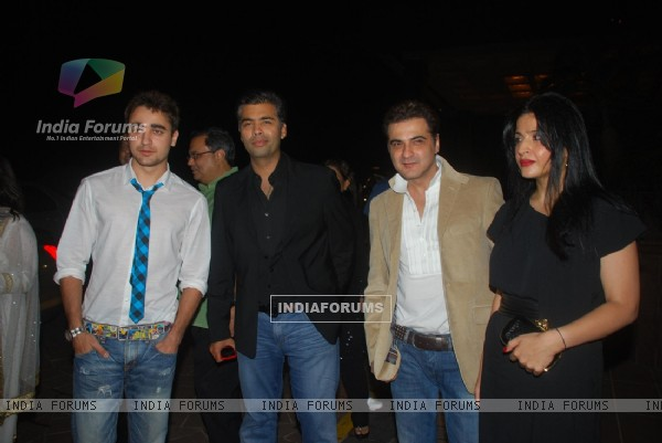 Imran Khan, Karan Johar and Sanjay Kapoor with wife at Ramesh Taurani''s 25th Wedding Anniversary Celebrations, in Mumbai