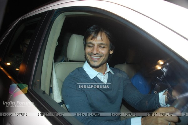 Vivek Oberoi at Ramesh Taurani''s 25th Wedding Anniversary Celebrations, in Mumbai