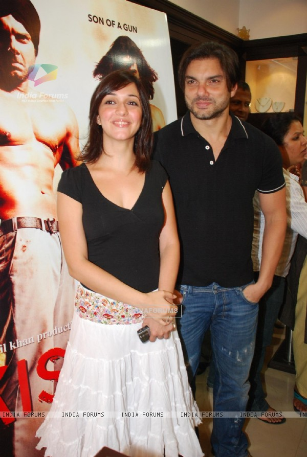 "Naheed Cyrusi and Sohail Khan at the promotion of ""Kissan Film"" at Gitanjali store"