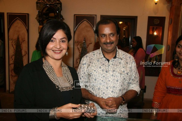 Pooja Bhatt at Amparpali Jewels launch