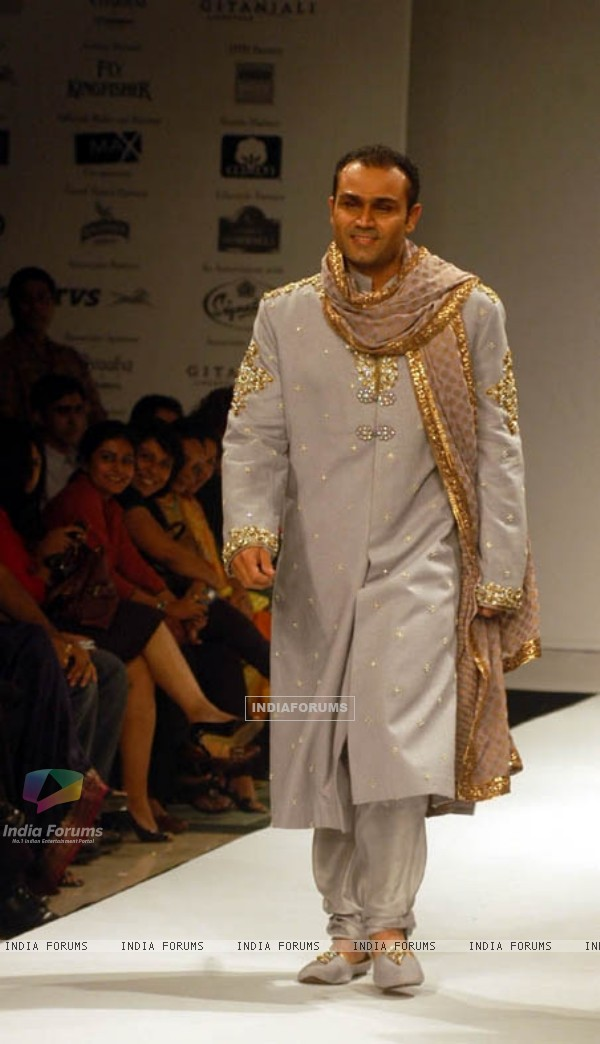 Virender Sehwag at Kolkata fashion week for Designer Rocky S on Wednesday