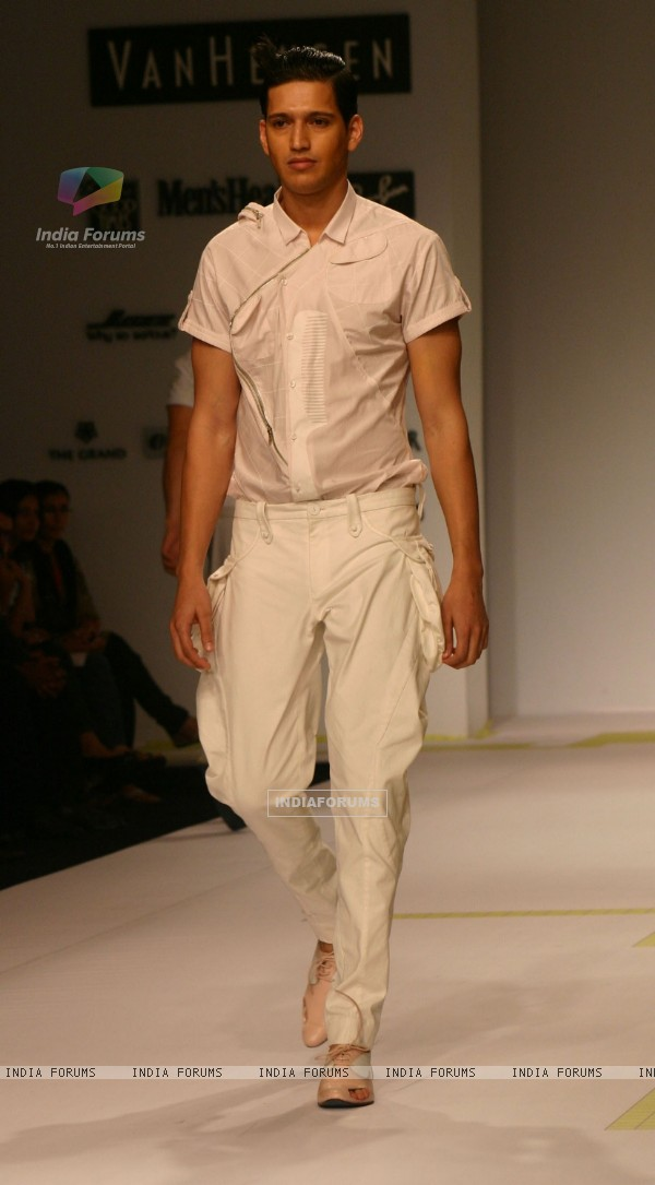 "Model presenting creations of Designer Gaurav Gupta at the Van Heusen ""India Mens Week"" in New Delhi on Sunday"