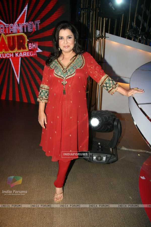 Farah Khan at Entertainment Ke Liye Kuch Bhi Karega sets