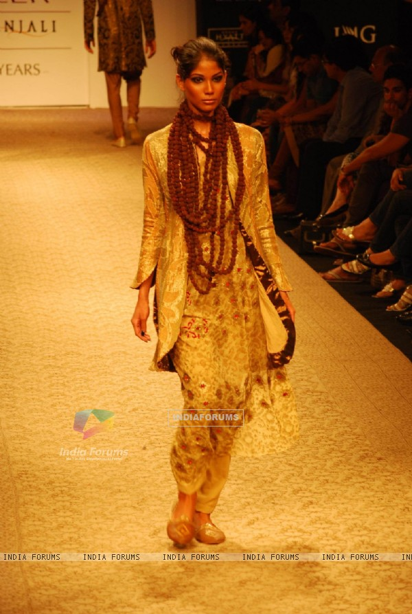 Model on the ramp of Designer Krishna Mehta at Lakme Fashion Week for spring/summer 2010