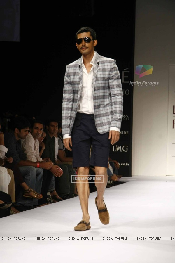 Model on the ramp for Designer Troy Costa at Lakme Fashion Week for spring/summer 2010
