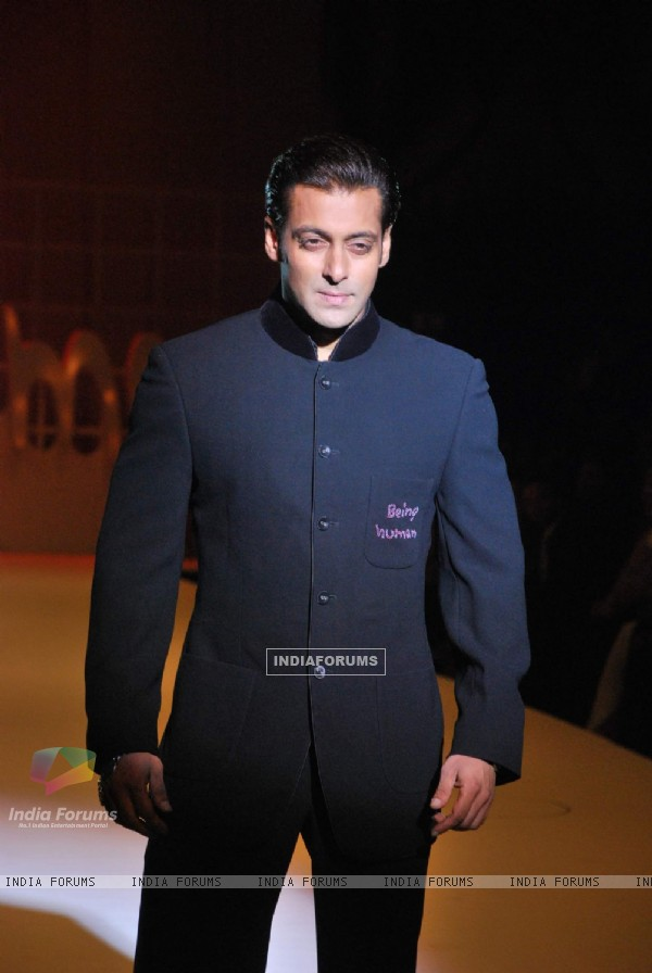 Salman Khan''s Being Human show at HDIL India Couture Week on Day 2