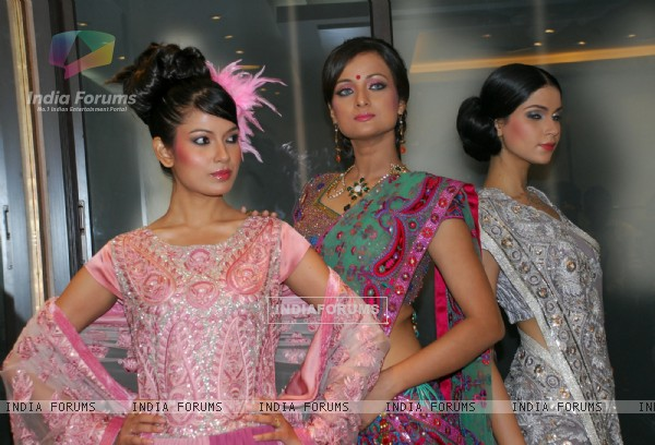 Renowaned fashion designer Jaya Rathore present a preview of her Bridal Collection before she participates in the Wills Lifestyle India Fashion Week, Spring-Summer 2010 in Delhi and in Kolkata on 20th oct 09