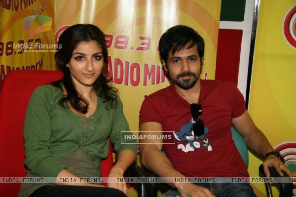 Soha Ali Khan and Emraan Hashmi promote ''Tum Mile'' on Radio Mirchi in Mumbai onTuesday Evening (Photo : IANS)
