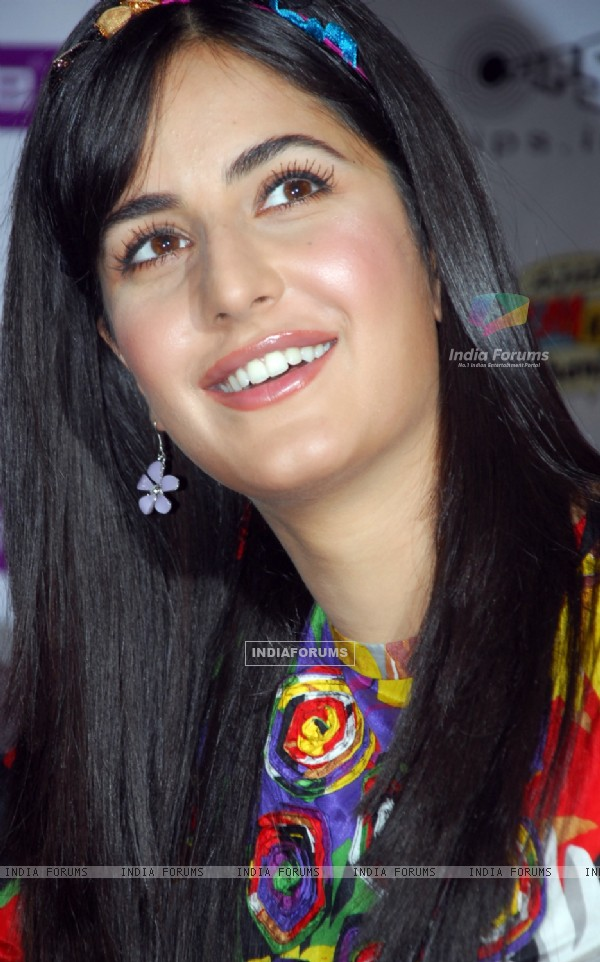 "Katrina Kaif in Kolkata to promote her upcoming film ""Ajab Prem Ki Ghazab Kahani"" on Monday 26th Oct 09"