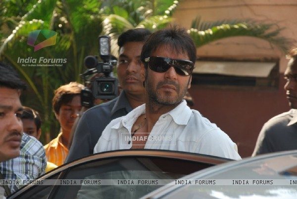 "Ajay Devgan opens ""London Dreams"" Advance Booking Gaiety, Bandra, Mumbai"
