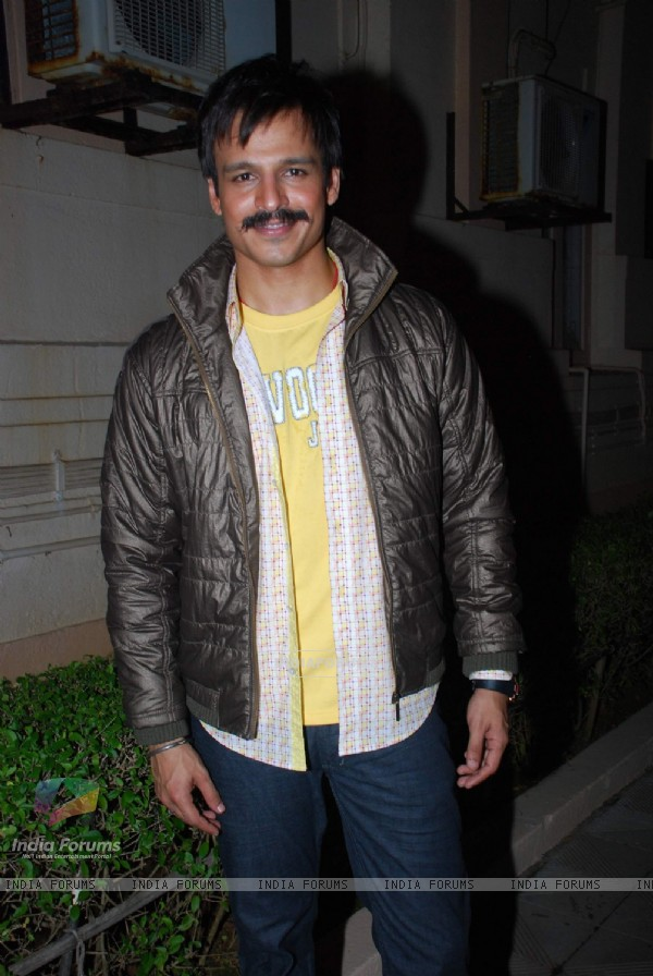 Vivek Oberoi promotes film Prince at Indo American Chamber of Commerce Corporate Awards at American Consulate lawns
