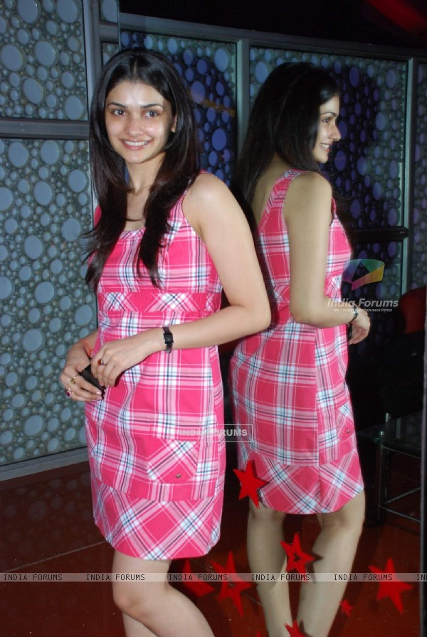 "Bollywood actress Prachi Desai at the premeire of flim Hollywood film ""2012"", Cinemax"