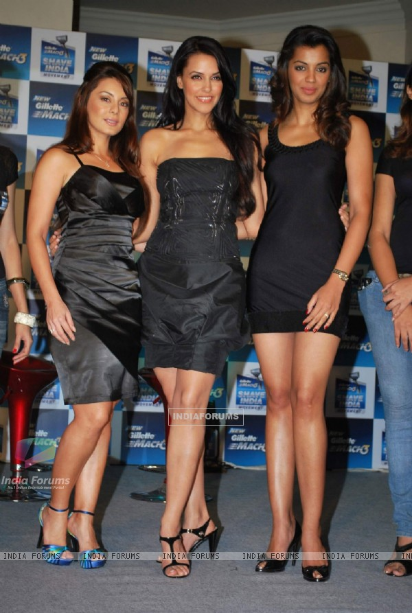 Actress Minissha Lamba , Neha Dhupia and Mugdha Godse at Gillette Mach 3 event (WALS)