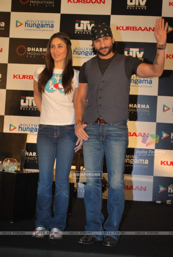 Saif Ali Khan and Kareena Kapoor at press meet for Kurbaan at JW Marriott (82104)