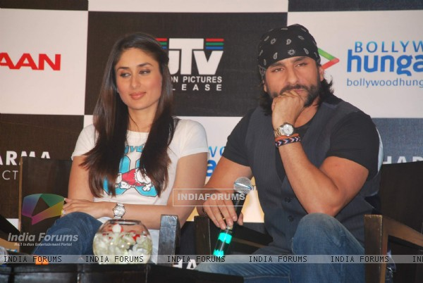 Saif Ali Khan and Kareena Kapoor at press meet for Kurbaan at JW Marriott