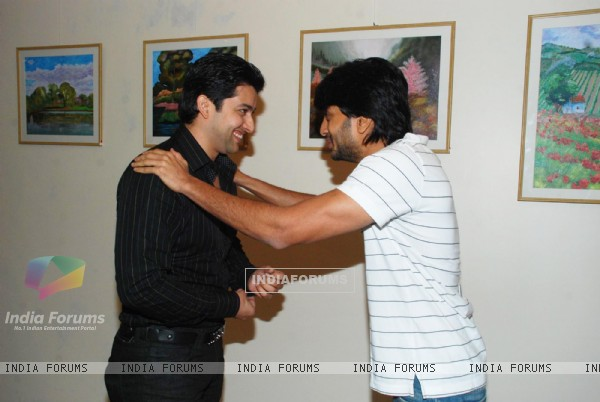 Ritesh Deshmukh and Aftab Shivdasani at SPJ Sadhana School Exhibition at Art & Soul Gallery, Worli
